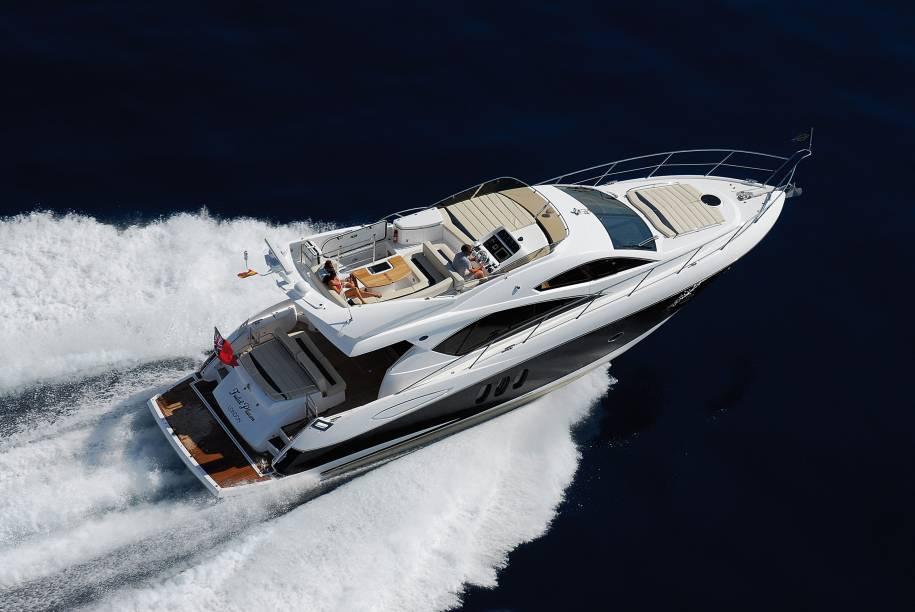 Manhattan 52, da Sunseeker, distribuido com exclusividade no país pela Boats Nautic