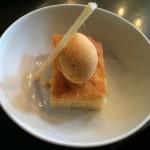 Bolo de garapa com sorvete de guariroba