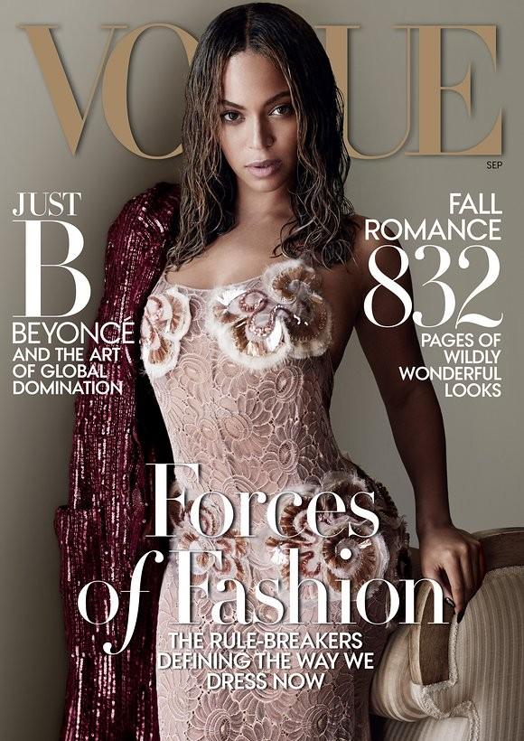 A capa da edição especial de setembro com Beyoncé (Foto: Mario Testino)
