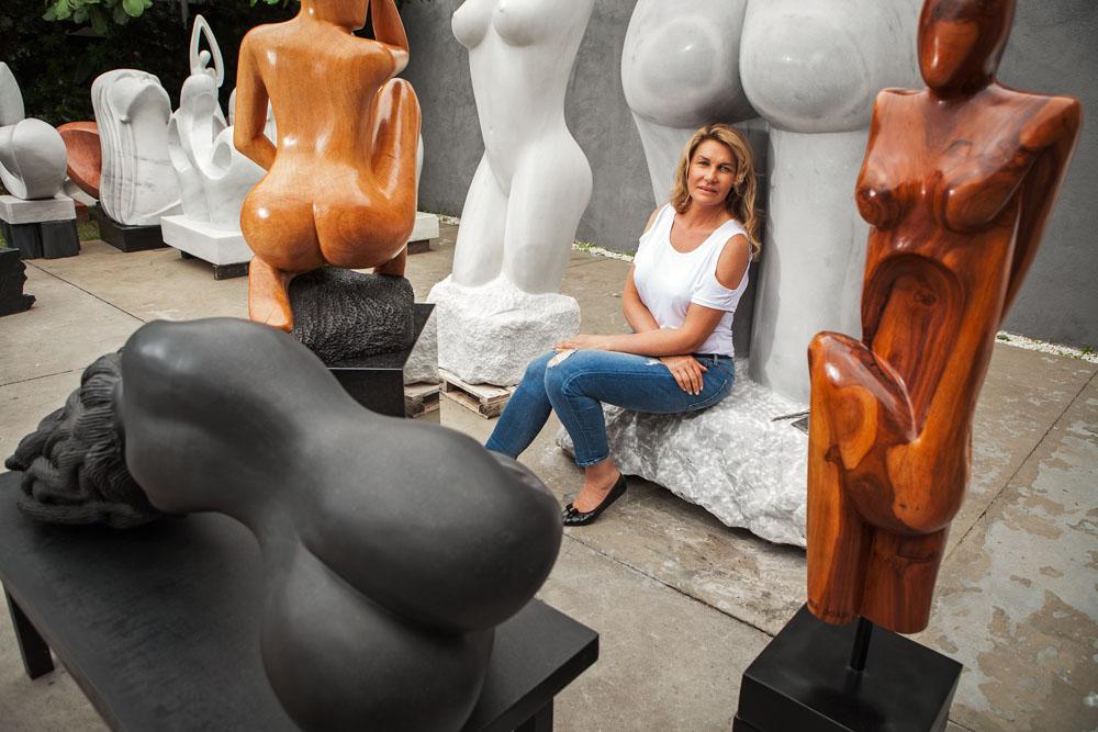 Bia Doria: abundância de esculturas (Foto: Rodrigo Dionísio)