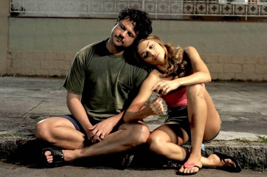 Selton Mello e Grazi Massafera em Billi Pig: casal faz de tudo para se dar bem na vida