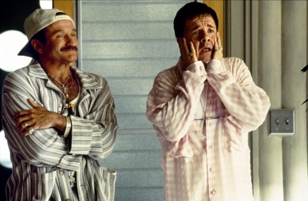 1996 - No papel do gay de A Gaiola das Loucas, com Nathan Lane
