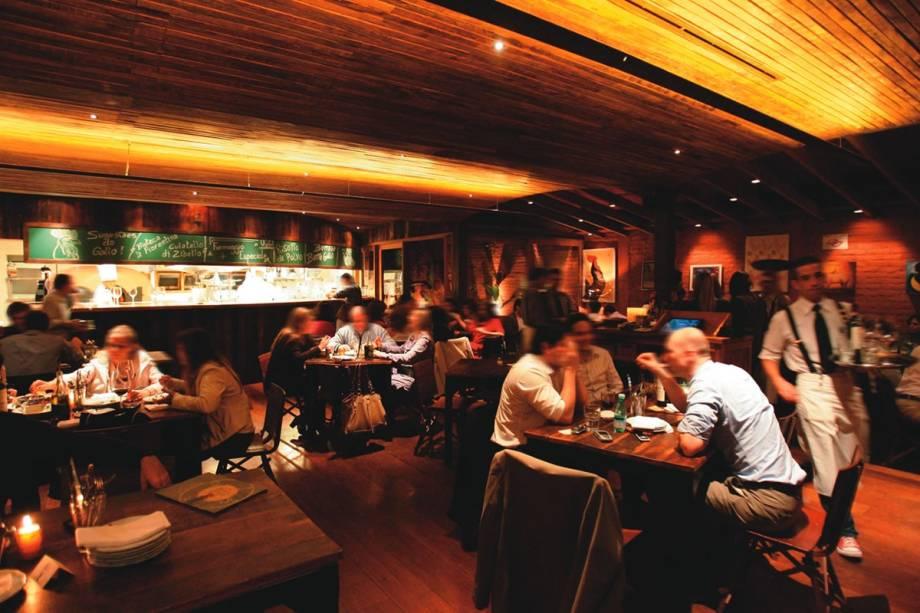 Botagallo: bar-restaurante serve receitas italianas em  pequenas porções
