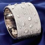 Bracelete de ouro 18k e 998 diamantes, da H.Stern: R$ 157.500,00