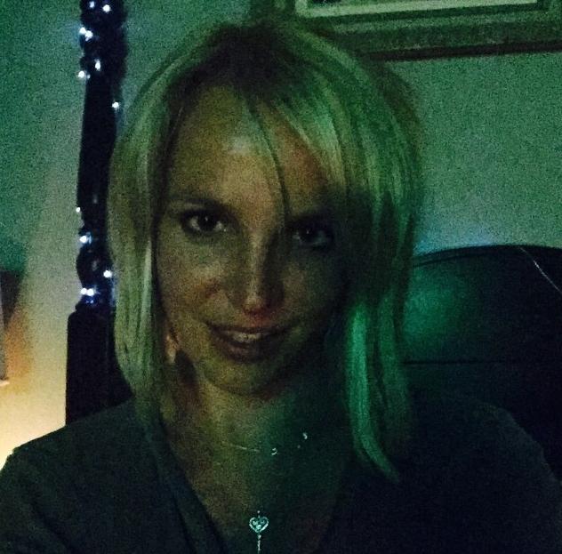 """""""Meu novo corte de cabelo"""", escreveu Britney para seus seguidores (Foto: Reprodução/Instagram)"""