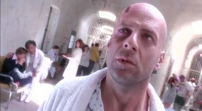 Bruce Willis: o protagonista da série Duro de Matar esteve muito bem em Os 12 Macacos