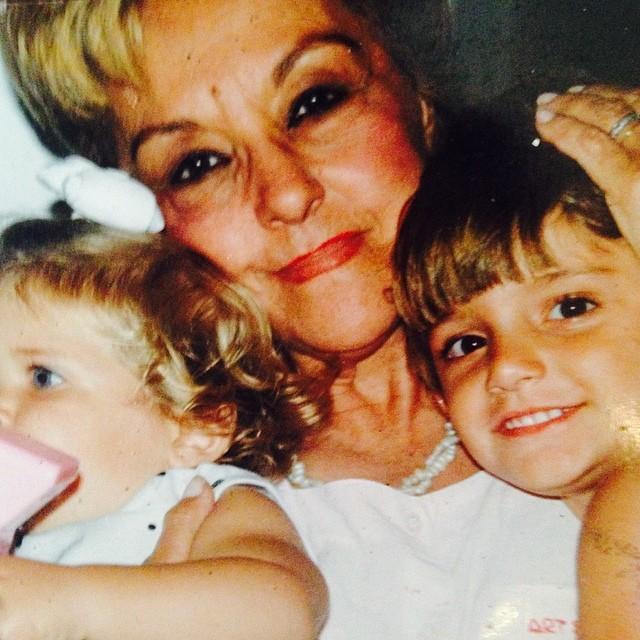 Bruno Gissoni também preferiu mostrar um foto dele quando criança