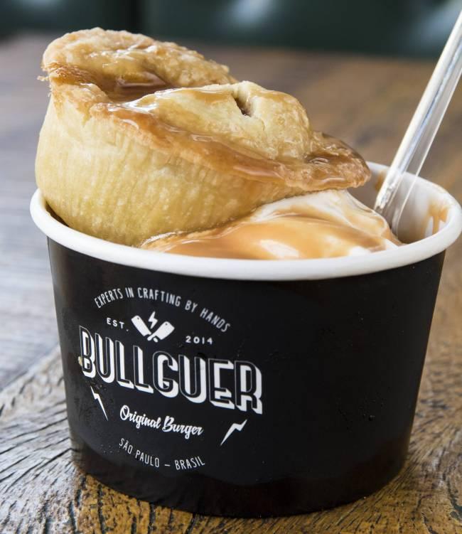 Bullguer: torta de maçã