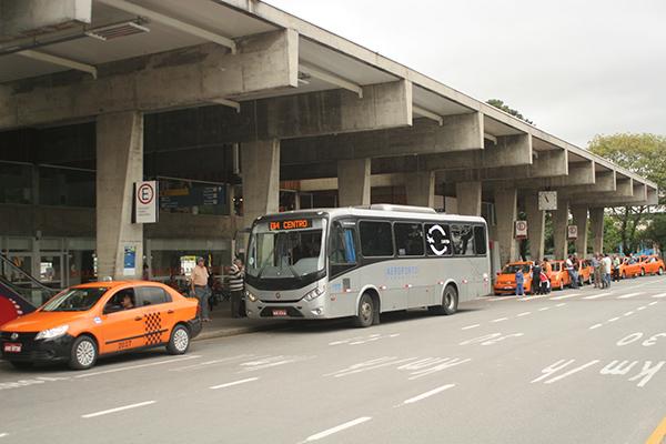 ônibus aeroporto