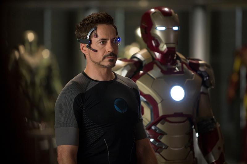 Robert Downey Jr. como Tony Stark e a armadura: feitos um para o outro
