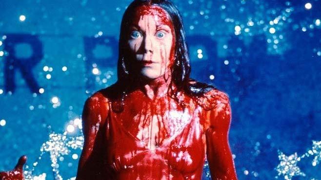 Carrie, a Estranha (1976) – 18, 19 e 22 de julho