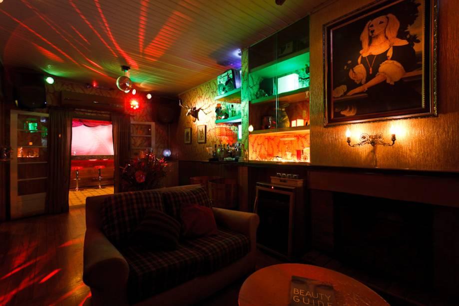 Casa 92: espaço interno tem decoração retrô