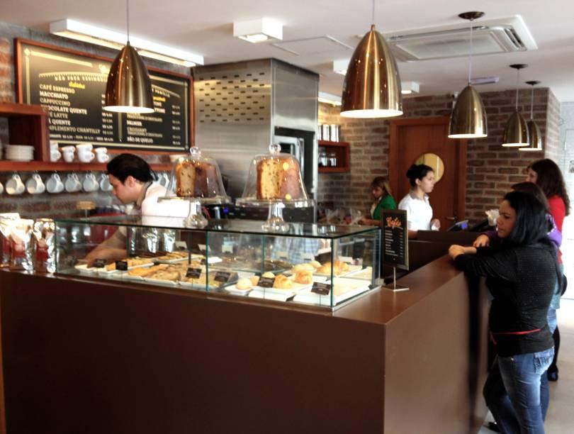 Casa Bauducco: o balcão com café e quitutes para comer na hora