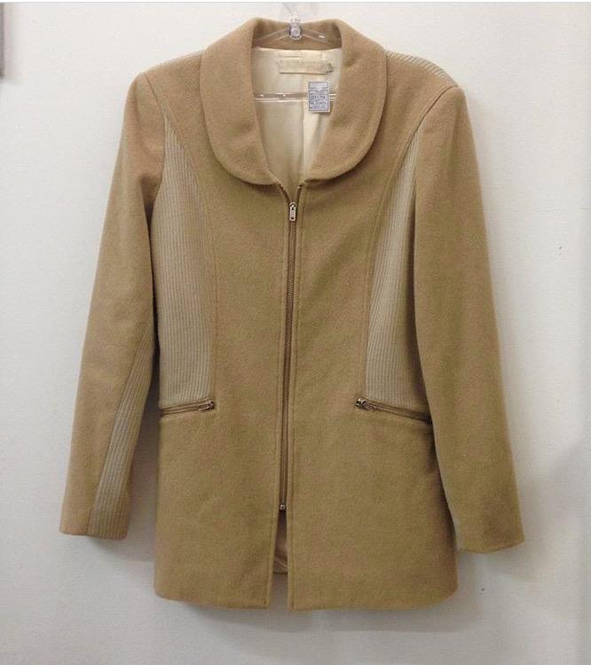 Casaco de lã da Cris Barros, por R$ 320,00. (Foto: Reprodução/Instagram)