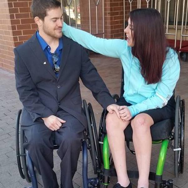 casal-paralisia-tratamento-02