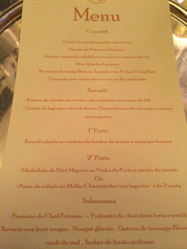 O cardápio assinado pelo La Tambuille: caviar, filé mignon e nada de frango (Foto: João Batista Jr.)