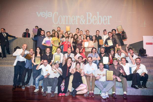 Comemoração na Casa Fasano: alguns dos vencedores da noite