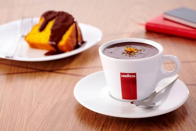 Lavazza Espression - chocolate quente