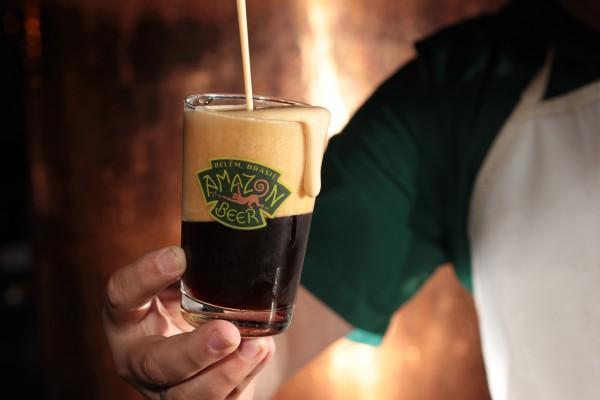 Chope da cervejaria Amazon Beer, eleito A Melhor Happy Hour pelo júri da revista Veja Belém Comer e Beber 2012_2013.