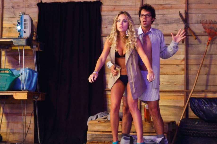 Bruno trai a namorada em uma festa diante de todos os convidados: Cilada.com
