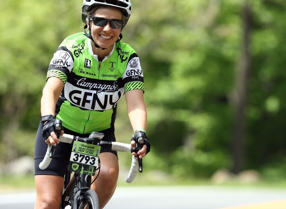 A florista Erica Sanches durante a prova de ciclismo em Nova York (Arquivo pessoal)