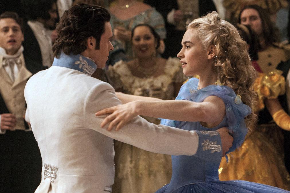 Richard Madden e Lily James fazem o par romântico de Cinderela