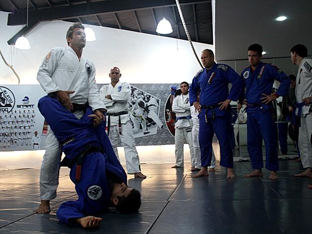 Heinrich versão professor: em Malhação, seu personagem dava aula de artes marciais (Foto: Arquivo Pessoal)
