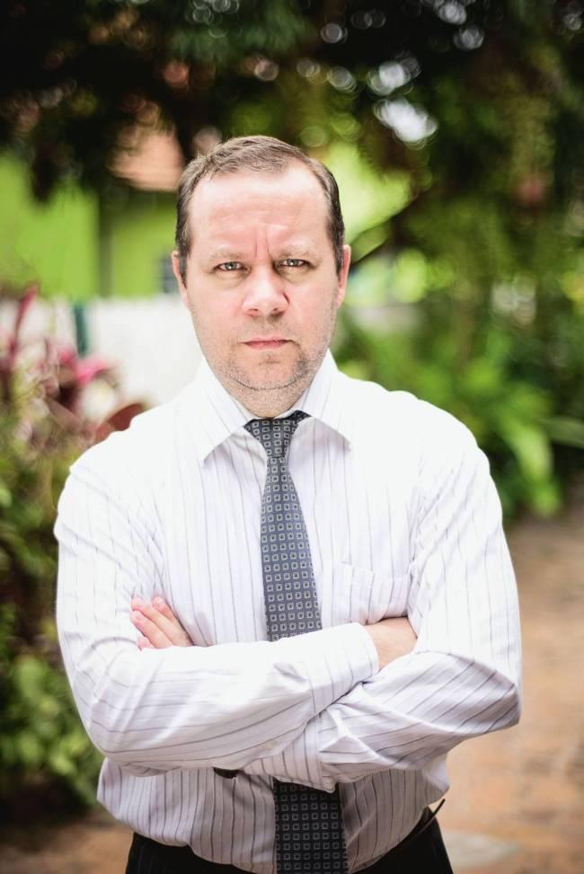Advogado Cleber Gerage