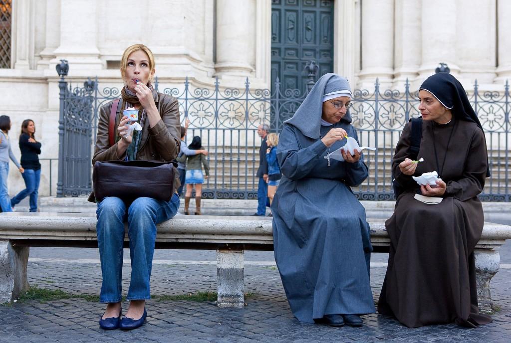 mulheres viajando sozinha
