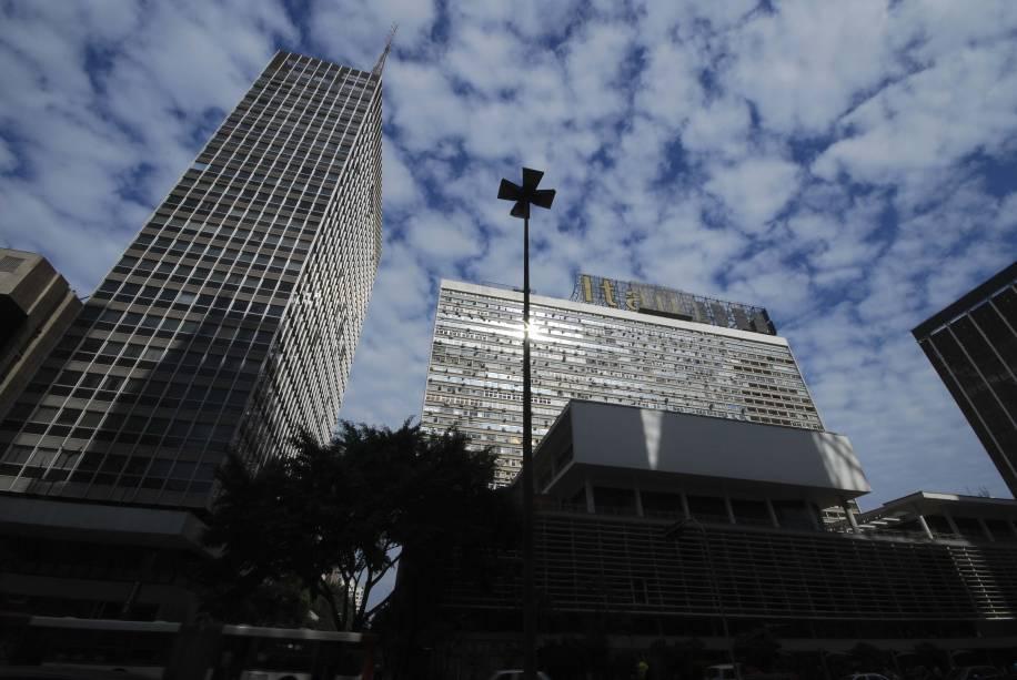 Conjunto Nacional: entre a avenida Paulista e a rua Augusta