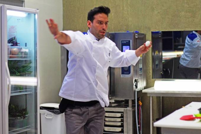 Cozinha sob Pressao Hugo Grassi