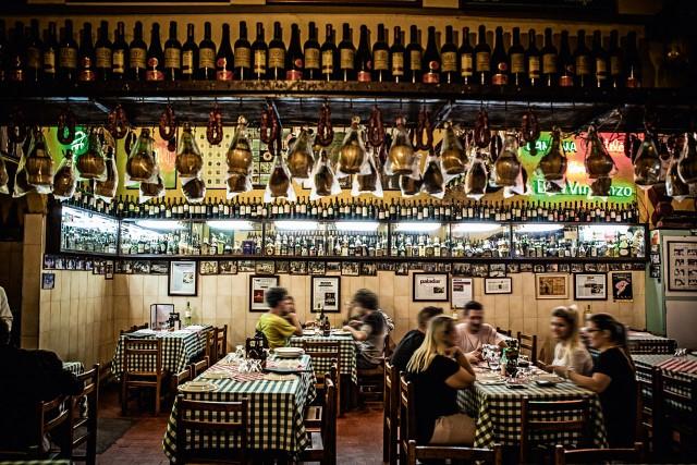 Castelões _ restaurante/gastronomia