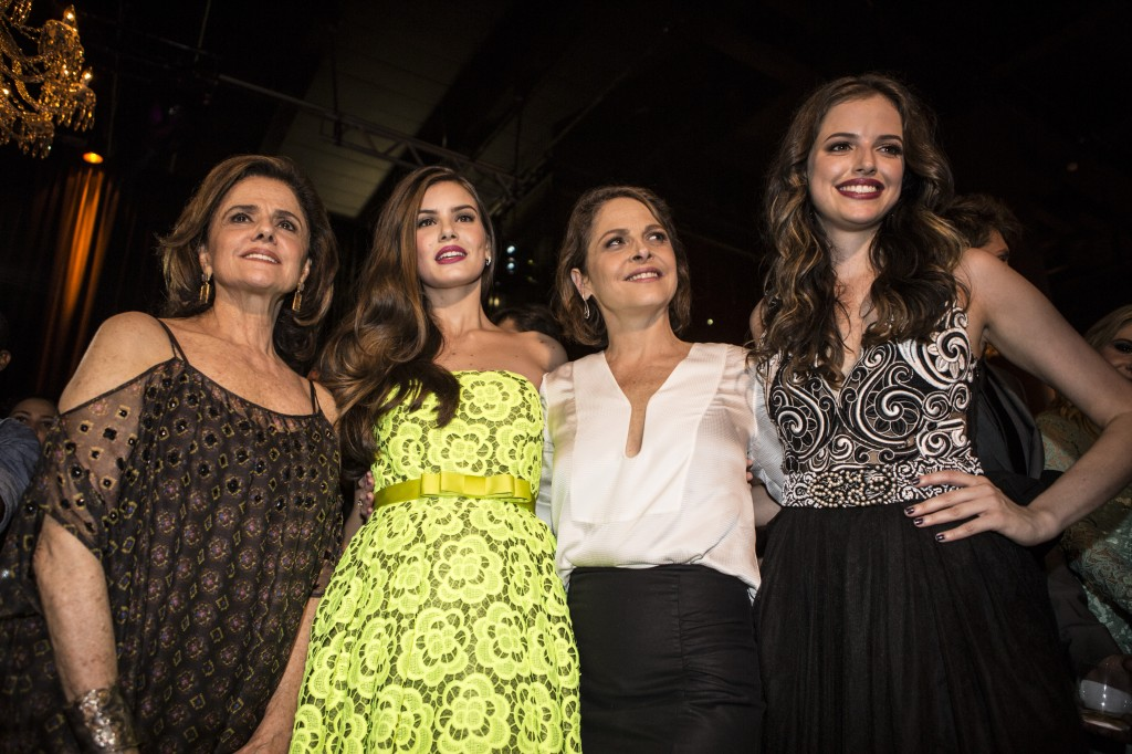 Marieta Severo, Camila Queiroz, Drica Moraes e Ágatha Moreira (Foto: Ricardo D'Angelo)