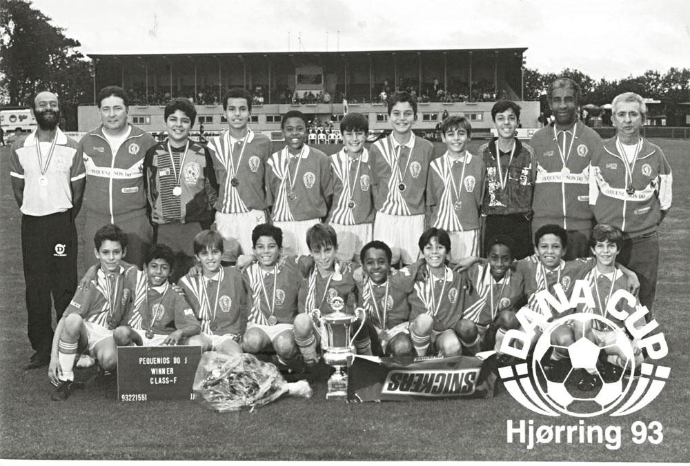 O meia Júlio Baptista (no detalhe), ex-São Paulo e Real Madrid, durante um torneio na Dinamarca, em 1993: celeiro de craques
