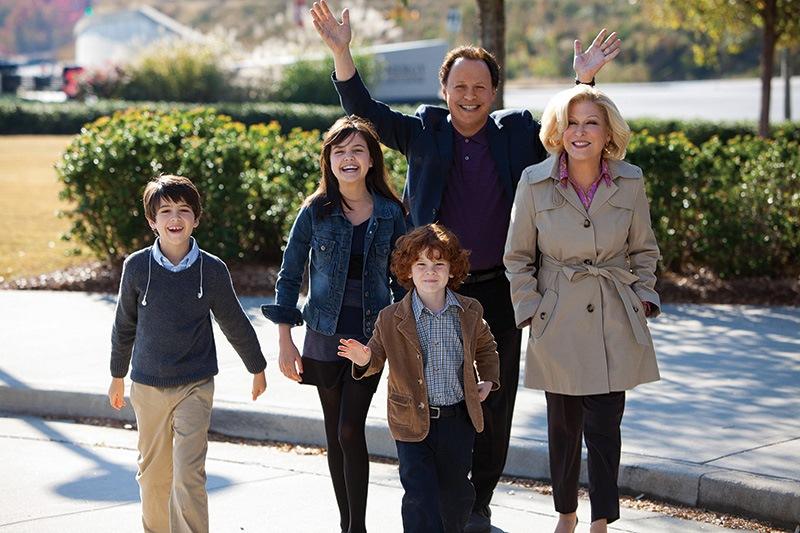 Uma Família em Apuros: Billy Crystal, Bette Midler e as crianças: conflito de gerações