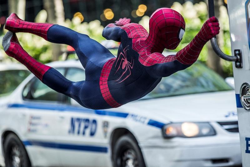 O Espetacular Homem-Aranha 2 - A Ameaça de Electro: o ator Andrew Garfield interpretando Homem-Aranha