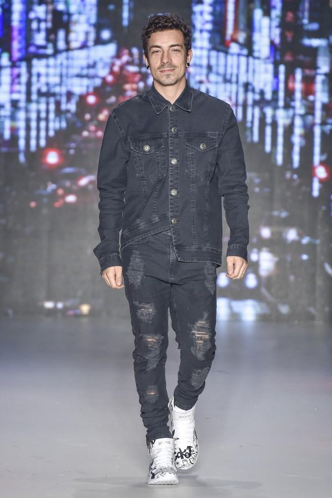 O cantor e apresentador do X-factor Di Ferreiro (Foto: Agência Fotosite)