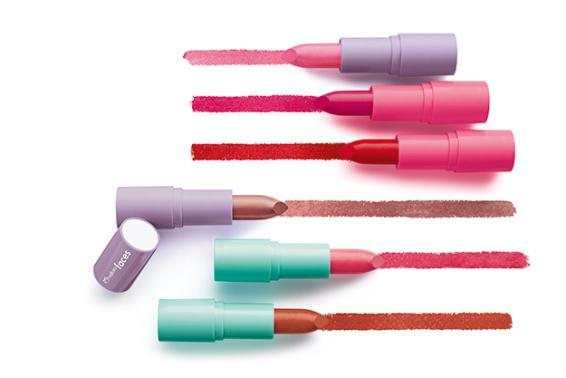 Batons Soft Pop da linha Faces, da Natura. Cores disponíveis: rosa exuberante, pink atrevida, vermelho audacioso, boca charme, rosa encanto e laranja irreverente. Preço sugerido: R$13.90 (cada)