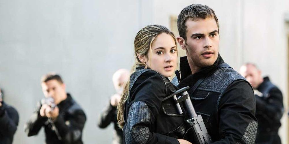 Divergente, com Shailene Woodley e Theo James, será reprisado às 19h.
