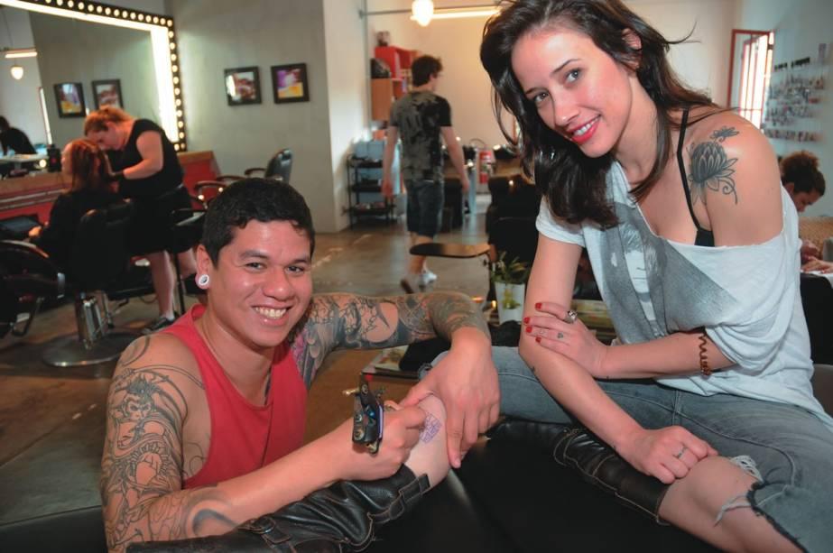Samuel Shuna, do Gellys Tattoo: Bardot oferece aos clientes serviço de tatuagem