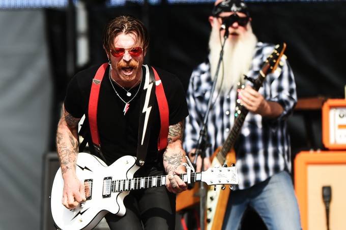 Eagles-Of-Death-Metal-IVAN-pacheco-022