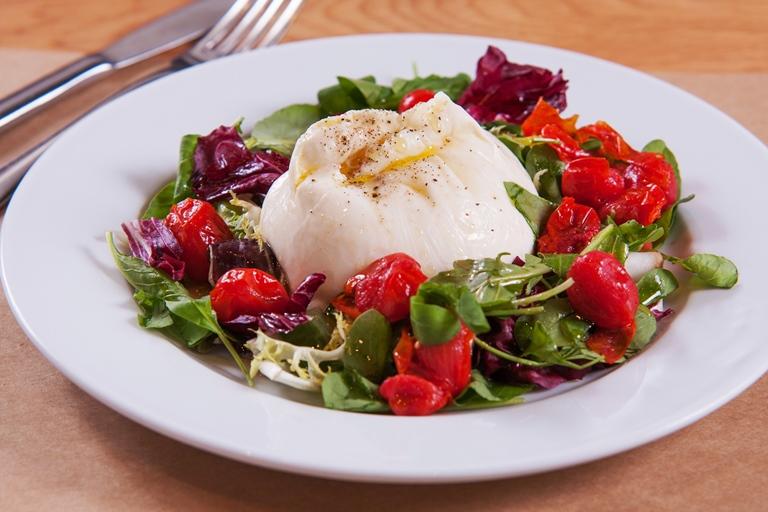 Eataly La Mozzarella_Salada tomate assado-burrata_CristianoLopes