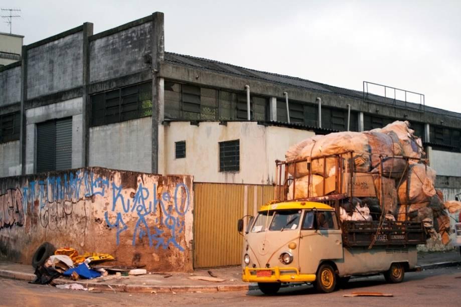 Efeito Reciclagem: catadores de material reciclável são figuras corriqueiras em São Paulo