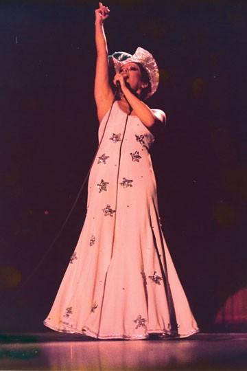 O emblemático show Falso Brilhante: 257 apresentações ao longo de catorze meses