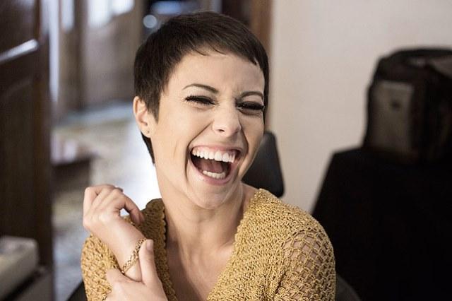 Andreia Horta interpreta a cantora Elis Regina