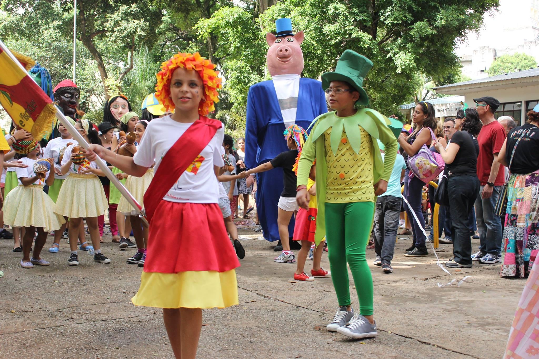 O bloco Emílias e Viscondes desfila na sexta (13), na Vila Buarque (Foto: Reprodução)