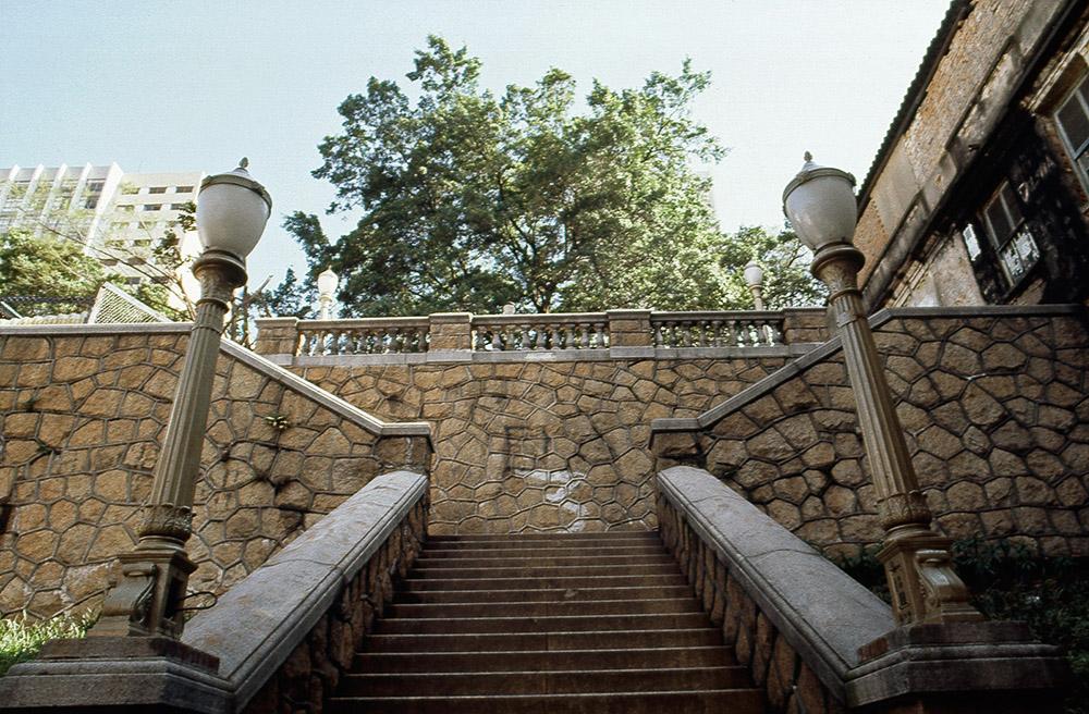 Data da foto: 1982 Escadaria do Bixiga, que une a parte baixa do bairro ¿ alta, na Rua dos Ingleses.