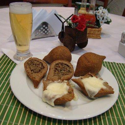 Esfiha Juventus: casa especializada em comida árabe funciona no mesmo endereço desde 1967