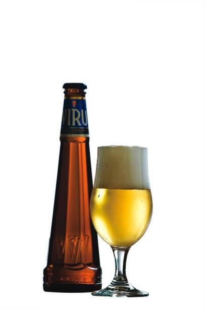 A bela garrafa da Viru, vinda da Estônia, no Asterix