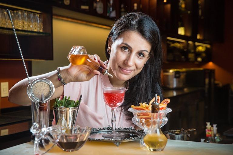 A bartender Jessica Sanchez: agora ex-Copacabana Palace (Foto: Felipe Fittipaldi)